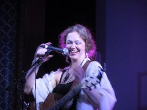 Gwen Tracy