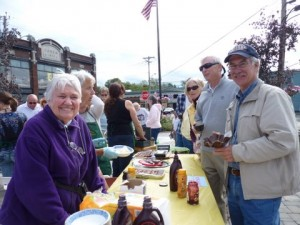 VIEW's 2011 Ice Cream Social with Mirnie Kashiwa, at left, and Kerry Rodgers, right. File photo